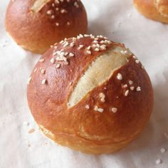 I have always wanted to try and make Pretzel Rolls!