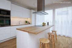 <p><strong>Tööpind:</strong> kõrgsurvelaminaat Egger H3303.<br /> <strong>Esipaneelid:</strong> MDF, valge poolmatt värv.<br /> <strong>Karkass:</strong> valge melamiin.</p> Kitchen Design, Table, Room, Furniture, Topaz, Home Decor, Ideas, Bedroom, Homemade Home Decor