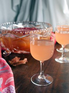 Springtime is entertaining season and everyone needs a good punch recipe! Check out this rosé and gin based punch for a delicious and beautiful drink. Flavored with a pomegranate reduction, orange flower water and pistachio orgeat-- so tasty! Spring Cocktails, Easy Cocktails, Craft Cocktails, Party Drinks, Summer Drinks, Cocktail Recipes, Best Punch Recipe, Punch Recipes, Sangria Punch