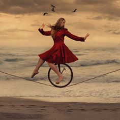 Brooke Shaden : The Almost Circus and Invisible Audience