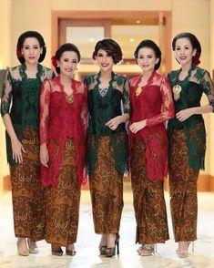 Pin by Deli Mackenzie on Dresses in 2020 Kebaya Brokat, Kebaya Dress, Kebaya Hijab, Batik Kebaya, Batik Dress, Kebaya Wedding, Wedding Dresses, Wedding Hijab, Cream Dress Outfit