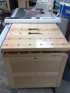 Mobile Tool Chest & Work Bench, Table Saw Extension - Reader's Gallery - Fine Woodworking