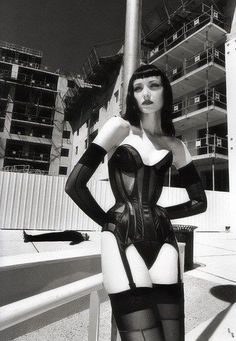 Helmut Newton, Hollywood Glamour, Fetish Fashion, Latex Fashion, Contemporary Photographers, Dark Fashion, Gothic High Fashion, Nylons, High Fashion
