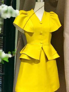 Vintage Dress Patterns, Dress Sewing Patterns, Vintage Dresses, African Print Dresses, African Print Fashion, Chic Dress, Classy Dress, Baby Dress Design, Special Dresses