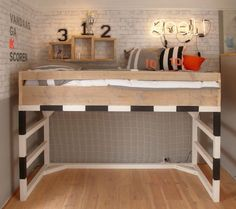 (^o^) Kiddo (^o^) Lofty ~ Kids Loft Bed - cama-infantil-tematica-futbol Boys Soccer Bedroom, Soccer Room, Boy Room, Kids Bedroom, Bedroom Ideas, Bed Ideas, Football Bedding, Football Rooms, Football Bedroom