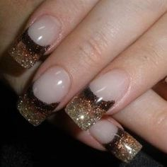 Break with the traditional patterns of French nails. Instead try your hand at these cheerful and cutting edge colorful French nail art desig. Glitter French Nails, French Nail Art, Glitter Nails, Gold Glitter, The Art Of Nails, New Year's Nails, Hair And Nails, Trendy Nails, Cute Nails