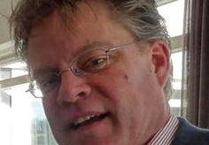 1-Mar-2013 11:24 - POLITIE ZOEKT IN DUINEN NAAR AL MAAND VERMISTE MARCEL. Op 23 januari jongstleden, twee dagen voor zijn vijftigste verjaardag, verdween Marcel Meeuwisse uit Leidschendam zonder een spoor achter te