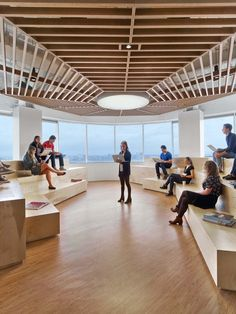 Gallery of Saatchi & Saatchi New York Office / M Moser Associates – 3 – – Modern Office Design Corporate Office Design, Modern Office Design, Corporate Interiors, Workplace Design, Office Interior Design, Office Interiors, Office Designs, Interior Modern, Kitchen Interior