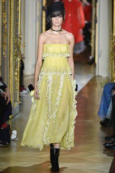 Défilé Ulyana Sergeenko Haute Couture printemps-été 2016