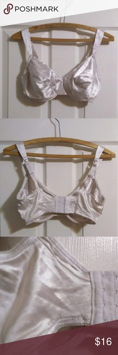 7c29610b702db Vtg Victoria s Secret Second Skin Satin 34DD White