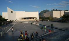 El Museo de Historia Mexicana en Monterrey quiere que sus visitantes conozcan el desarrollo histórico, social y cultural del país de 1917 a 1940.