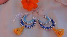 Boucles d'oreilles bollywood collection Holi bleu ciel, bleu foncé et jaune moutarde : Boucles d'oreille par bombay-cotons