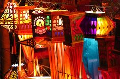 traditional indian lanterns for sale on the occassion of diwali festival in india Diwali Lantern, Diwali Lamps, Diwali Party, Diwali Celebration, Diwali Diy, Diwali Craft, Lanterns For Sale, How To Make Lanterns, Diwali Decorations