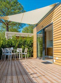 Camping Village La Gardiola, Gardské jezero, San Felice del Benaco, Benátsko, Taliansko, priamo pri brehu jazera Lago di Garda,  bar, požičovňa bicyklov, detské ihrisko, WiFi, práčovňa, ubytovanie v mobilhomoch, parkovisko,  klimatizácia, v blízkosti sa nachádza veľa reštaurácií s regionálnou kuchyňou, vhodné pre rodiny s deťmi, dovolenka pri jazere, dovolenka v Taliansku, rodinná dovolenka, letná dovolenka. Camping, Outdoor Decor, Home, Campsite, Ad Home, Homes, Campers, Haus, Tent Camping