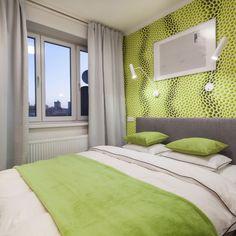Realizace ložnice.V této ložnici je rozhodně dominující tapeta, kde jsem se snažila její dominanci zjemnit světlými odstíny. Pokud trpíte trypofobií určitě nedoporučuji.....#ineriordesign#bedroom#modern#jemneodstiny#crazytapeta Lime Green Bedrooms, Bedroom Green, Interior Design, Furniture, Home Decor, Nest Design, Decoration Home, Home Interior Design, Room Decor