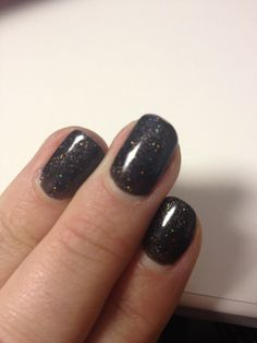 Red carpet manicure - an evening to remember.