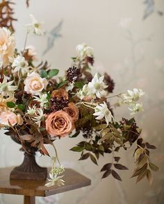 fine art wedding orange and greenery wedding decoration ideas