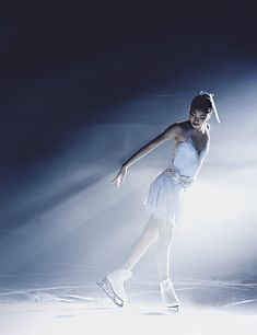 """lltqyuna: """" """" foggy ice rink, spotlight, Yuna Kim """" """" Best Picture For Ice Hockey finland For Your Taste You are looking for something, and it is going to Kim Yuna, Skating Rink, Roller Skating, Skater Photography, Ice Aesthetic, Skating Pictures, Figure Ice Skates, Figure Skating Dresses, Figure Skating Quotes"""