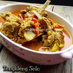 Resep Tengkleng Solo Sederhana Yang Lagi Trending By Indonesian Cuisine, Malaysian Food, Food Test, Meat Chickens, Chicken Recipes, Curry, Food And Drink, Menu, Dishes