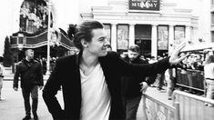 ❝Debes creerme cuando te digo que no debes tener miedo a nada, Louis.… #fanfic Fanfic #amreading #books #wattpad