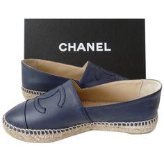 Pre-owned Chanel Blue Nib 15s Navy Platform Lambskin Espadrilles Flats (3,495 SAR) ❤ liked on Polyvore featuring shoes, flats, blue, platform flats, platform espadrilles, navy flat shoes, blue flat shoes and navy flats