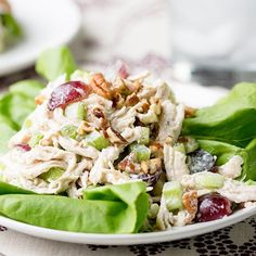 We love a good chicken salad recipe, but sometimes finding a great-tasting and healthy chicken [...]