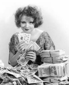 Bow232 - Clara Bow - Silent Movie Star - More at http://cine-mania.it