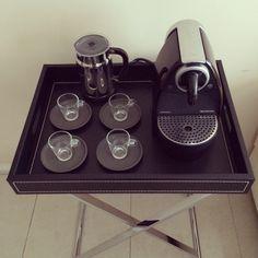 #cafe #espresso #coffee #coffeetime #coffeegeek #coffeeporn #coffeeholic #coffeelovers #coffeeoftheday #coffeeaddiction #cafecominstagram #instacafe #instacoffee #instacool #1_cafe #cappuccino #coffee #pretinho #barista #espresso #cafeina #instacafe #instacoffee #cafeteria #cafenoinstagram #igerscaneca