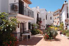 Цветущие улочки и дворики Испании