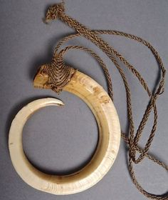 Vintage Nagaland Tribal Shaman Deer Tooth Amulet Necklace