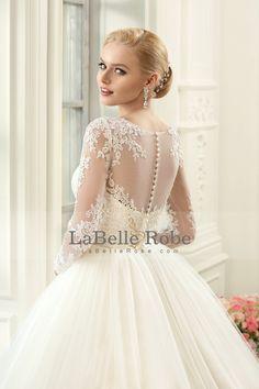 2016 Un mariage en ligne Robes Scoop manches longues Avec Applique Et Sash Tulle