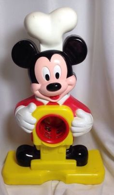 Mickey Mouse Plastic Chef - Playdoh? Noodles? Cheese Grater? Vintage?