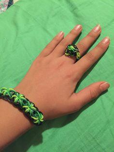 Rainbowloom starburst bracket and ring!!!:)