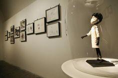 Report: Kultovní režisér představuje pražskou výstavu Tim Burton a ...