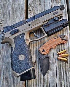 Weapons Guns, Guns And Ammo, Cz P07, Firearms, Shotguns, Custom Guns, Home Defense, Cool Guns, Tactical Gear