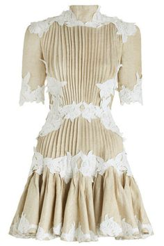 See this and similar Zimmermann day dresses - Mischief Rosette Laced Dress, from our Spring 16 collection, in Oat herringbone silk/linen. White Ruffle Dress, White Lace, Lace Dress, Event Dresses, Day Dresses, Dresses Online, Frilly Dresses, Cute Dresses, Short Dresses