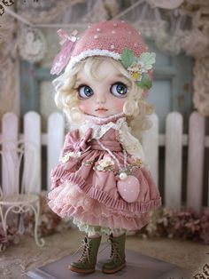 dollsociety:Strawberry girl by Milk Tea