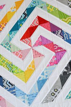 Down Grapevine Lane: Rainbow swirl quilt Easy Quilts, Small Quilts, Mini Quilts, Half Square Triangle Quilts Pattern, Square Quilt, Half Square Triangles, Scrappy Quilt Patterns, Scrappy Quilts, Quilting Projects
