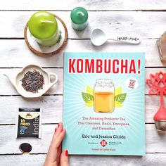 A sustainable home - sostenibilità, green lifestyle Kombucha, Cleanse, Sustainability, Vegetarian Recipes, Healing, My Favorite Things, Tableware, Green, Books