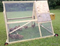 homesteading chicken coops   The Hill at Oso Lago.   Bob's Super Coop Chicken Tractor