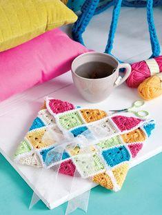 Granny square clutch Crochet Pattern