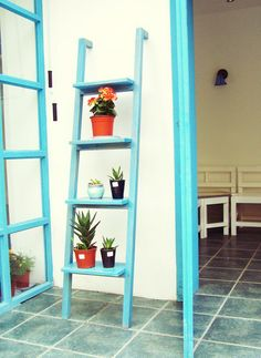 DIY and paiting a Mediterranean frniture wood of Sicily ladder Flower Stand against a wall rack shelves -ZZKKO