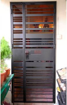 38 ideas security screen door ideas home Grill Gate Design, Window Grill Design, Door Gate Design, Metal Screen Doors, Wooden Screen Door, Iron Doors, Metal Gates, Door Grill, Steel Doors