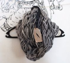 Rimefrost - arm knitted infinity scarf