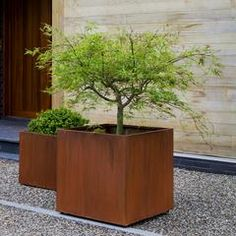 The Campania International Steel Cube Planter - Set of 2 lends rustic beauty to your garden with a dramatic brown finish and durable steel construction. Fiberglass Planters, Metal Planters, Outdoor Planters, Garden Planters, Indoor Outdoor, Outdoor Living, Planter Pots, Steel Planter, Terrace Garden