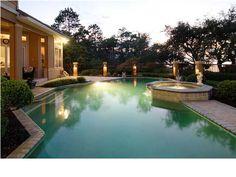 Gorgeous pool area..