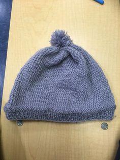 Knit beanie with pompom