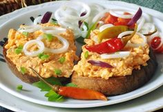 Finger Foods, Baked Potato, Hamburger, Salsa, Pizza, Potatoes, Treats, Baking, Ethnic Recipes