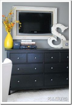 TV decor for bedroom