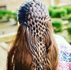 The most beautiful hairstyles for long hair down Hairstyle 2019 - Flechtfrisuren Cool Braids, Braids For Long Hair, Pretty Hairstyles, Braided Hairstyles, Church Hairstyles, Crazy Hair Days, Natural Hair Styles, Long Hair Styles, Pinterest Hair